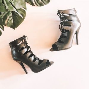 Chinese Laundry Jackpot Leather Lace Up Heels